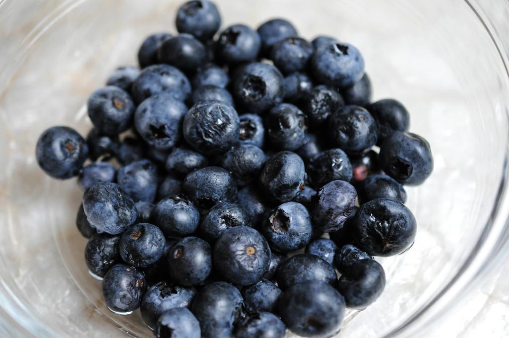 Sunday blueberries (1 of 1)