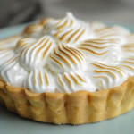 Lemon curd meringue tart